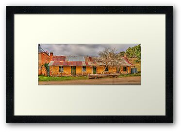 Shamrock Inn by vilaro Images