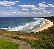 Woolgoolga Back Beach - NSW by Lianne Wooster