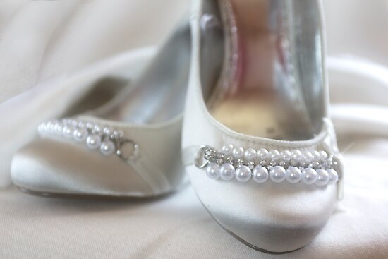 The Brides Shoes by Lynne Morris