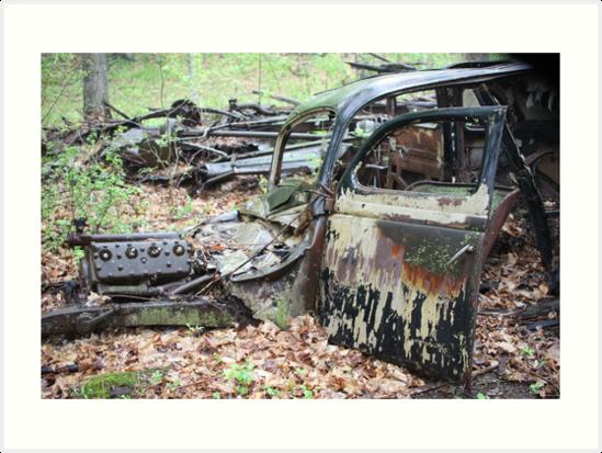 December Old Motor Car by Thomas Murphy