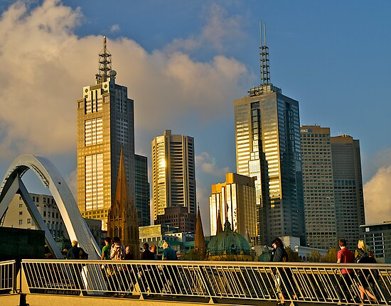Evening skyline, Melbourne, Australia. by johnrf