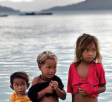 3 Sea Gypsy Children by Rasfan  Abu Kassim