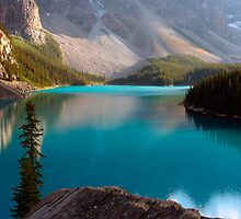 moraine lake  in canada by milena boeva