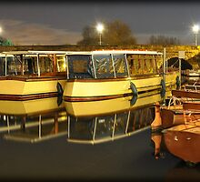 Boating Centre - Stratford Upon Avon by Shehan Fernando