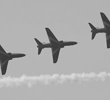 Red Arrows 14 by JenMetcalf