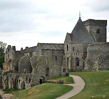 Inchcolm Abbey by Dorothy Thomson