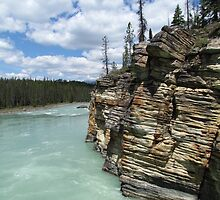 Athabasca River by hollaay