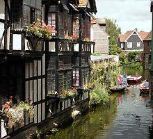 The Weavers, Canterbury by John Gaffen