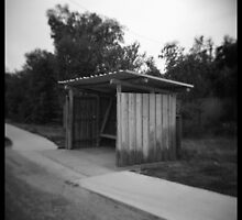 Bus shelter by PetroniusArbit