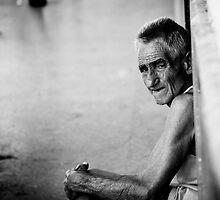 'Alone' - Havana Vieja, Cuba by kaldis