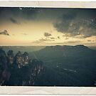The Three Sisters ~ Katoomba by Lorraine Creagh