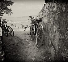 Between the Walls - Galle Fort by Dilshara Hill