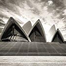 Sydney Opera House by Melissa Fiene