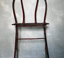 vintage red chair by keki