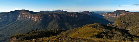 Grose Valley Panorama by Andrew Bosman
