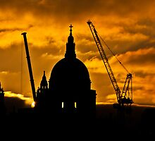 St Pauls by Dawn by Garry Copeland