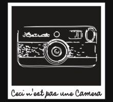 Ceci n'est pas une Camera T-Shirt