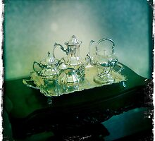 Silver Tea Set by Maria Schlossberg