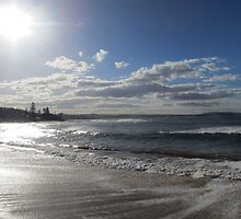 Light Reflection - Collaroy Beach by justineb