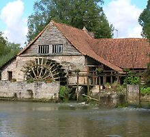 The water wheel by Andrew Hickson