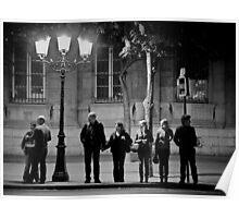 Anges Urbains attendant un taxi céleste - Cathédrale Notre-Dame de Paris Poster