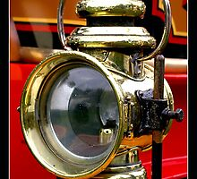 Traction Engine Light by Gordon Holmes