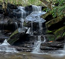 Falling Water, Somersby Falls by bazcelt