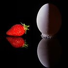 The Egg and the Strawbery............... by AroonKalandy