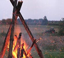 Camp fire by Sanne Thijs