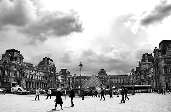 The Louvre by Ruth Smith
