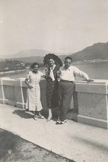 La zia maria ...a Verona...finita la guerra.1948-.ITALY- EUROPA -1500 VISUALIZZAZ.A GIUGNO 2013-  VETRINA RB EXPLORE 12  SETTEMBRE 2013 -. by Guendalyn