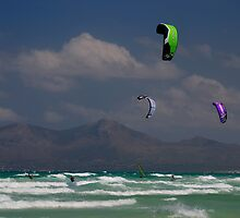 Kite Surfers, Playa de Muro by phseven