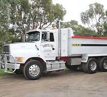 Ford L9000 - Barry Feil - Hobart Tasmania by PaulWJewell