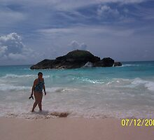 Bermuda beach scene by kathym51