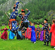 Uzbeki dancers by neil harrison