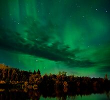 August 6th/11 Auroras # 2 by peaceofthenorth