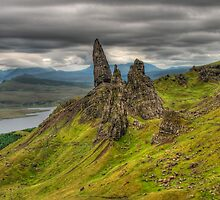 Skye, Old Man of Storr in a cloudy day by Shienna