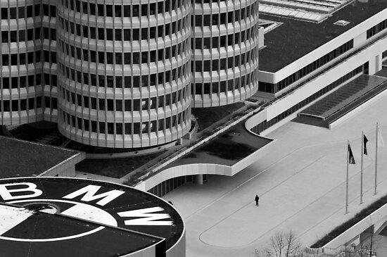 BMW-Vierzylinder by Richard McKenzie