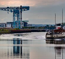 PS Waverley @ Clydebank Titan by Peter Stark