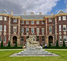 Ham House - Kingston-Upon-Thames by DonDavisUK