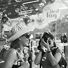 3 photographer admirers  by Aimelle
