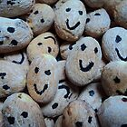 seedy smiles by mariatheresa