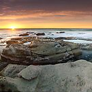 Point Cartwright, QLD - Australia by Jason Asher