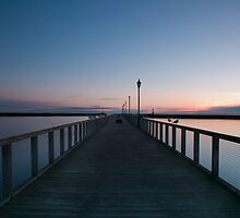Amble Pier at Sun rise by laura88