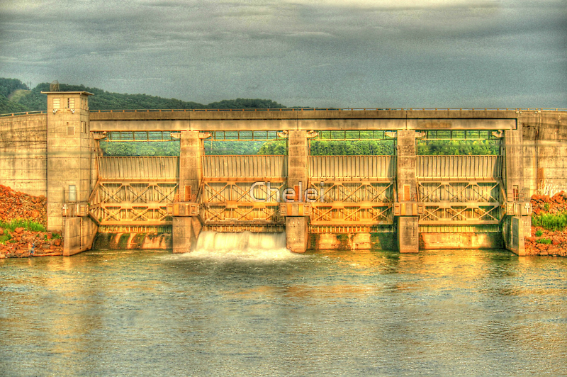 Carter's Lake Dam by Chelei