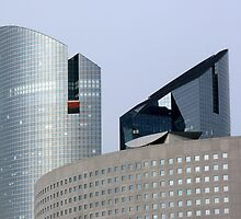 Paris - La Défense by bubblehex08