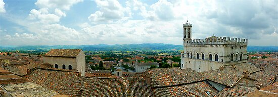Gubbio Panorama by Colin Metcalf