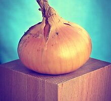 Onion by ♛ VIAINA