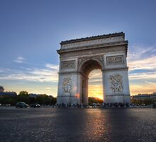 Arc de Triomphe by Conor MacNeill
