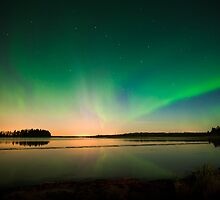 Northern Lights - Elk Island National Park (Edmonton, AB Canada) by camfischer